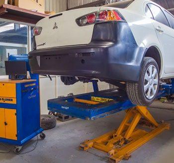 Car Mechanic in Musaffah | Auto Repair in Abu Dhabi